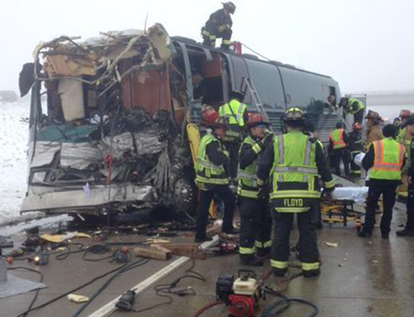 150417-i-70-bus-crash-colo-mn-1845_ad67654d12ef526505d01c6641c492d1
